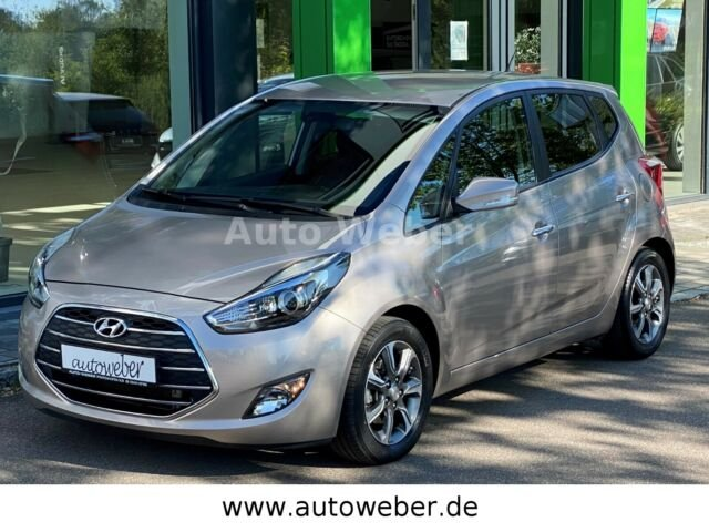 Hyundai ix20 Style NAVI Standheiz. AHK KAMERA, Jahr 2016, Diesel