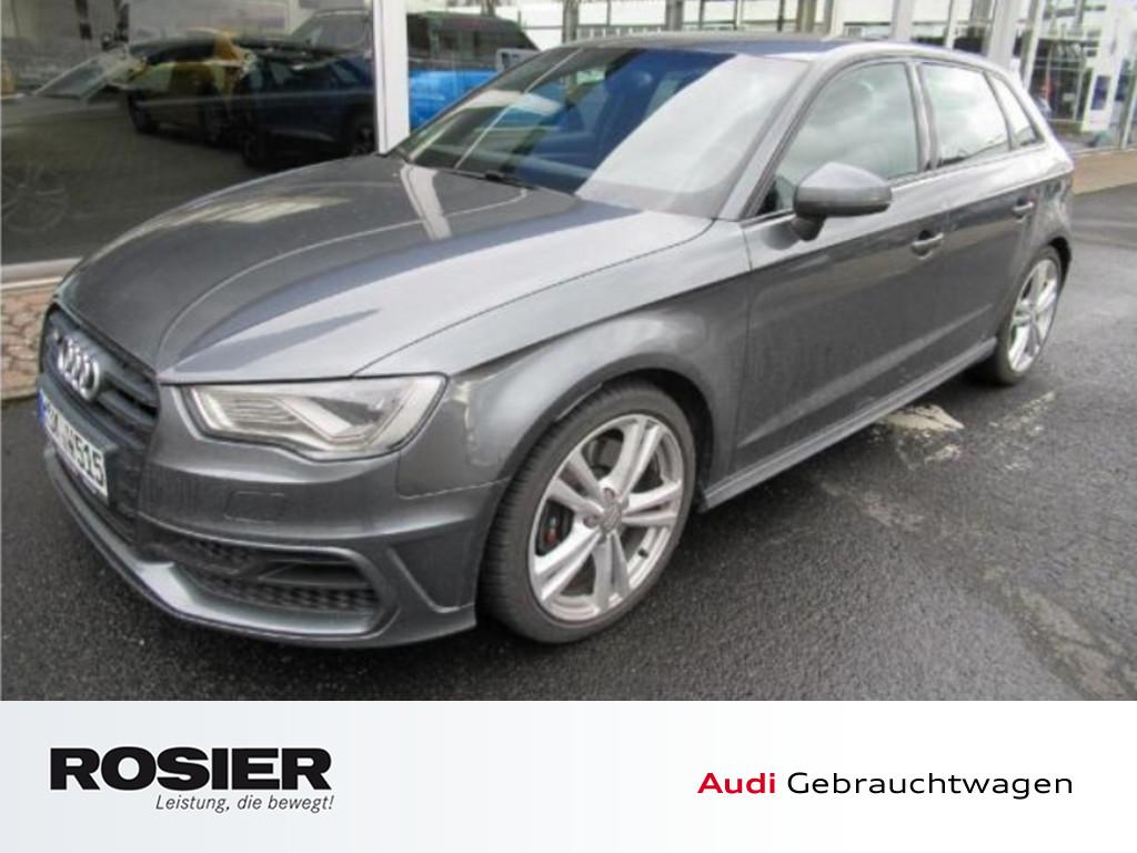Audi S3 Sportback 2.0 TFSI quattro LED Xenon Navi Sou, Jahr 2015, Benzin