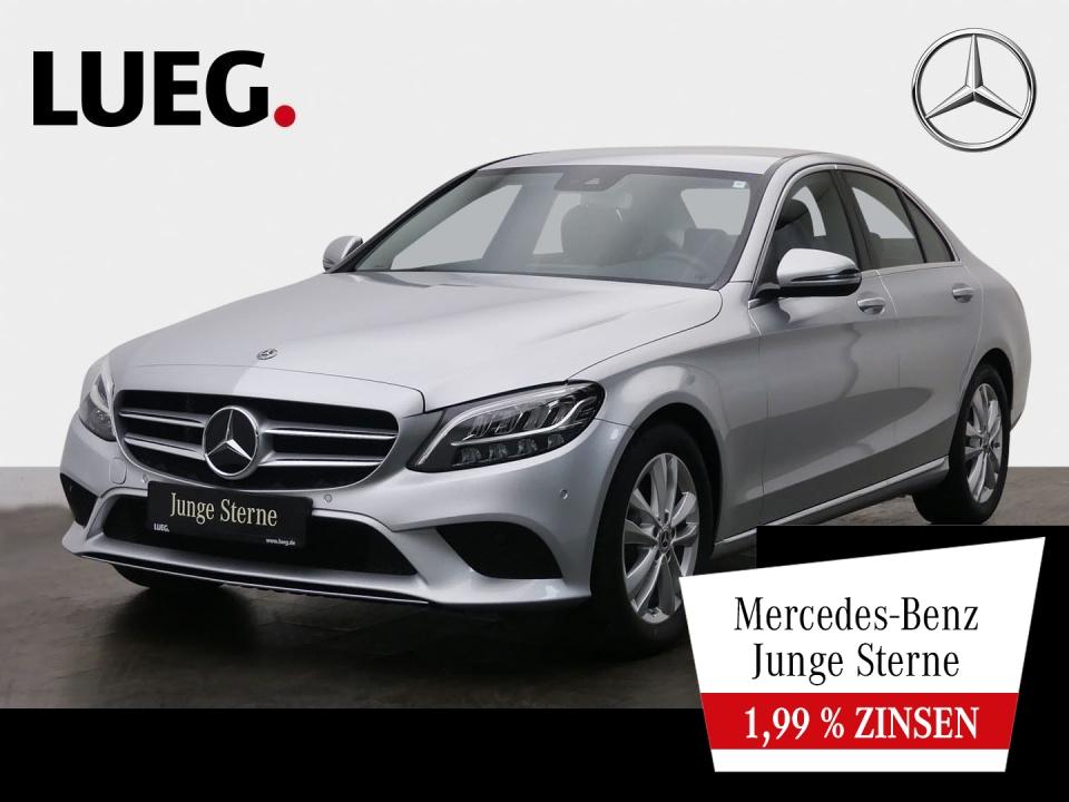 Mercedes-Benz C 180 Avantgarde+Navi+LED-HP+AHK+CarP+ParkAs+RFK, Jahr 2019, Benzin