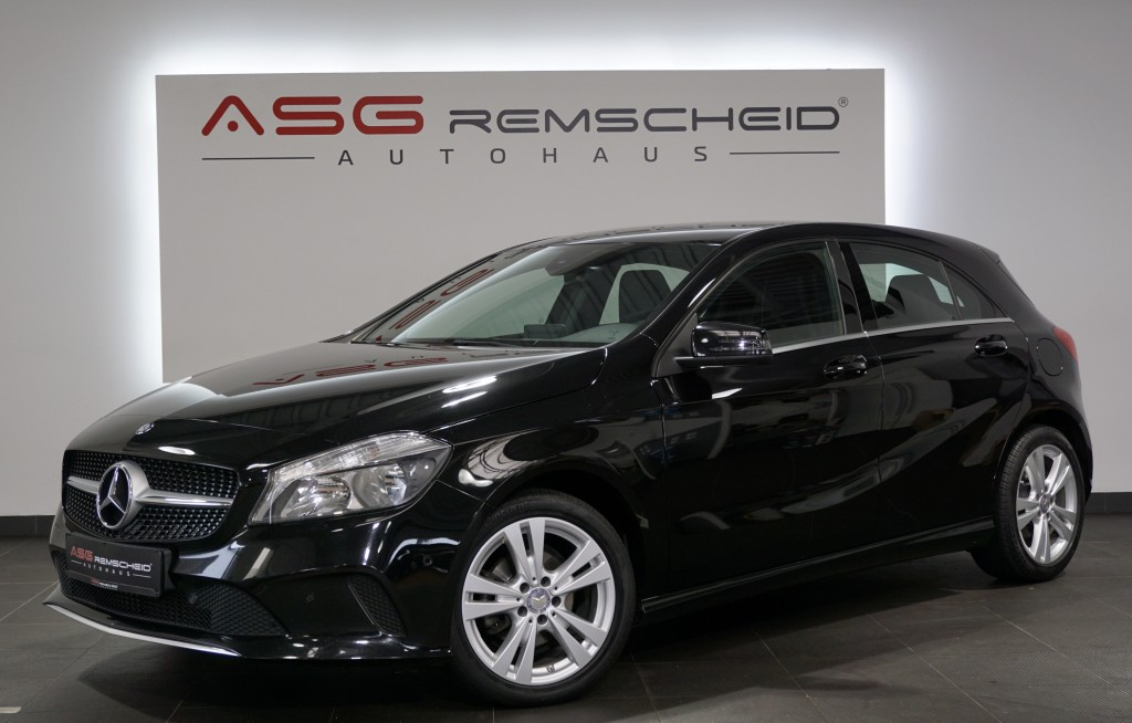 Mercedes-Benz A 180 CDI BlueEfficiency *Navi *AHK *PDC *, Jahr 2015, Diesel