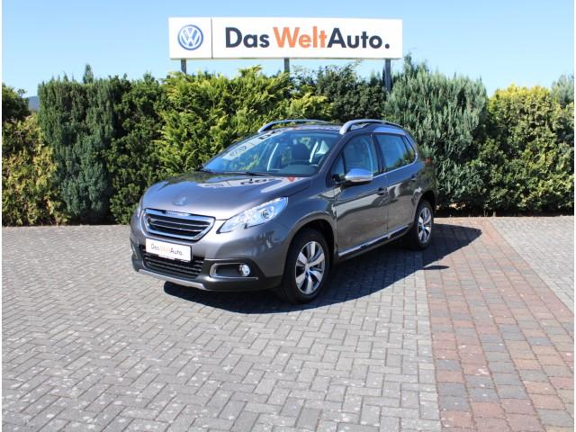 Peugeot 2008 1.6 BlueHDI NAVI SHZ Panoramadach Klima LM, Jahr 2015, Diesel