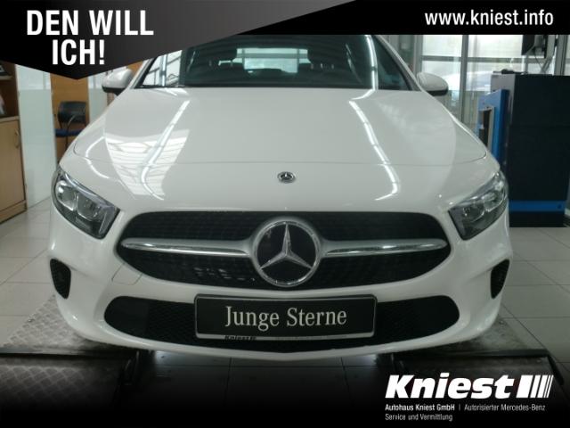 Mercedes-Benz A 180 Progressive+7G-DCT+MBUX High-End+LED+Spiegel-P, Jahr 2020, Benzin