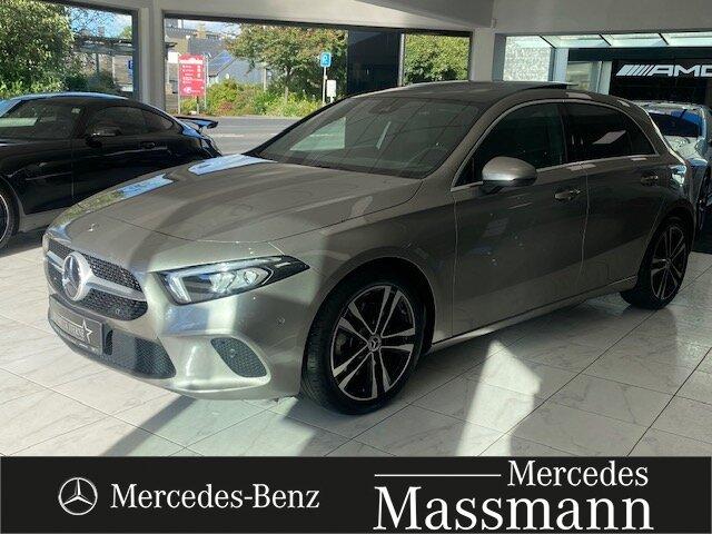 Mercedes-Benz A 220 Progressive Kamera PSD Premium-NAVI MBUX, Jahr 2019, Benzin