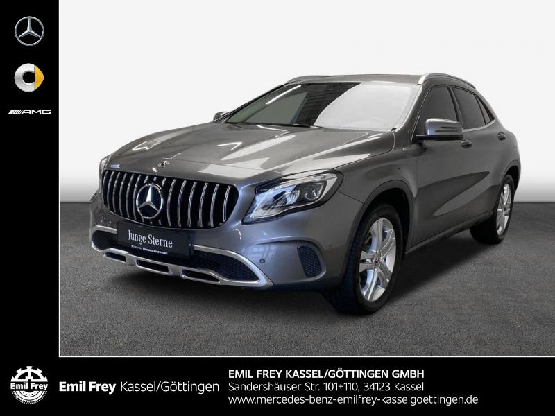 Mercedes-Benz GLA 220 d 4M 7G Urban AHK Rückfahrkamera LED, Jahr 2017, Diesel