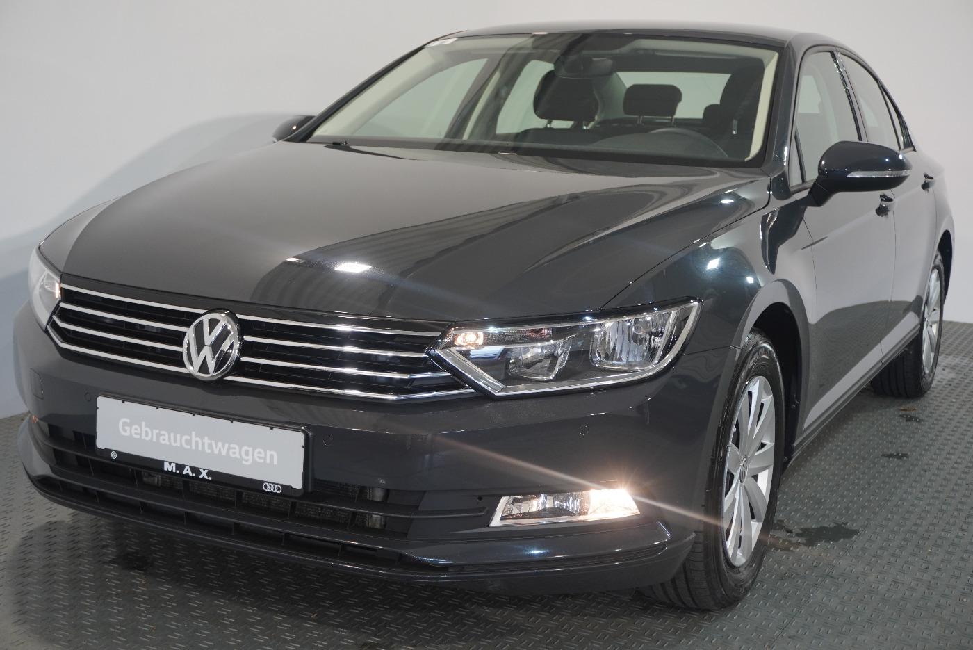 Volkswagen Passat 2.0 TDI DSG NAVI PDC SHZ GRA TÜV NEU, Jahr 2018, Diesel