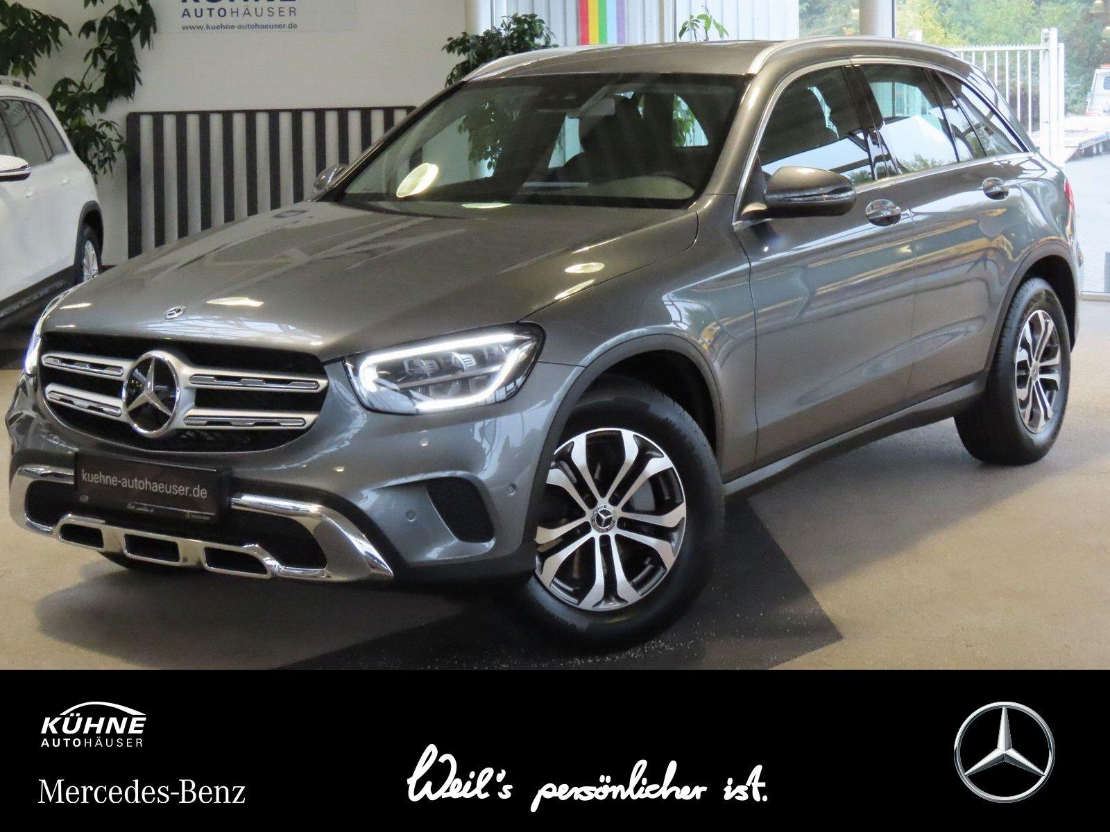 Mercedes-Benz GLC 200 4M+Business Paket+Advanced+EasyHeck, Jahr 2020, Benzin