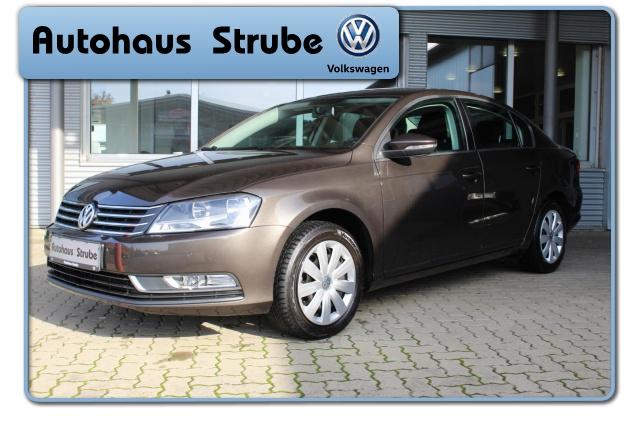 Volkswagen Passat Trendline 1.4 TSI NAVI SHZ GJR CLIMATRONIC, Jahr 2013, Benzin