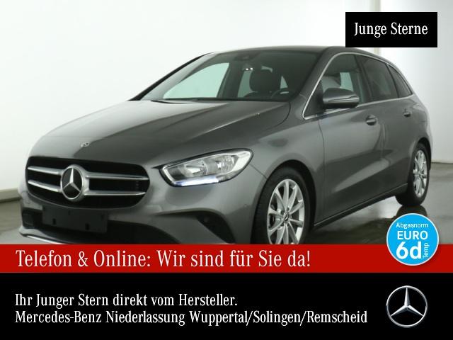 Mercedes-Benz B 180 Navi Premium AHK Kamera Laderaump PTS Sitzh, Jahr 2019, Benzin