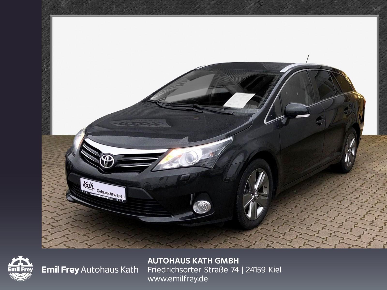 """Toyota Avensis Combi 1.8 Edition """"Navi, Einparkhilfe, Bi-Xenon"""", Jahr 2015, petrol"""