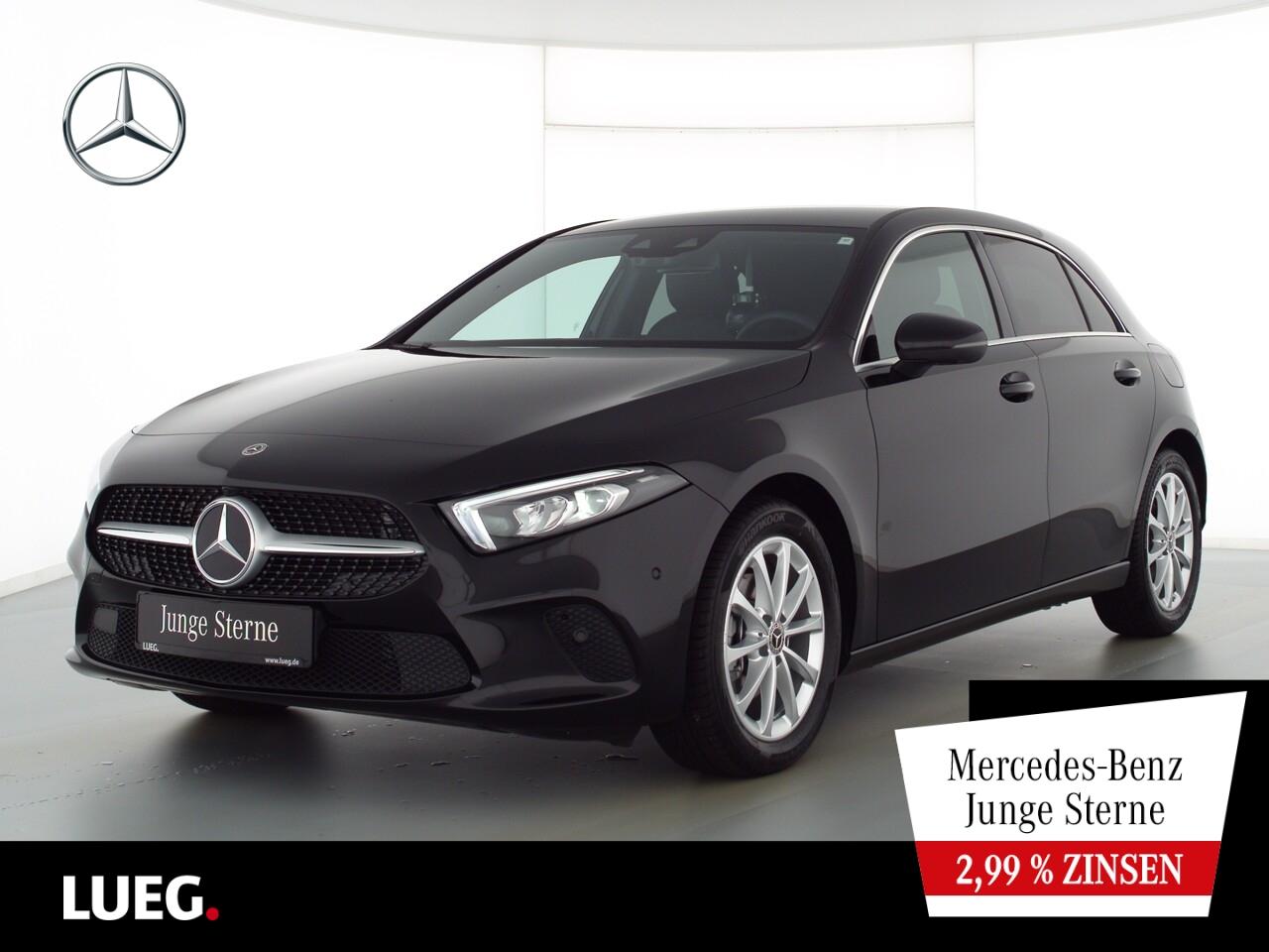 Mercedes-Benz A 180 Progressive+MBUXHighEnd+LED-HP+ParkAss+360, Jahr 2021, Benzin