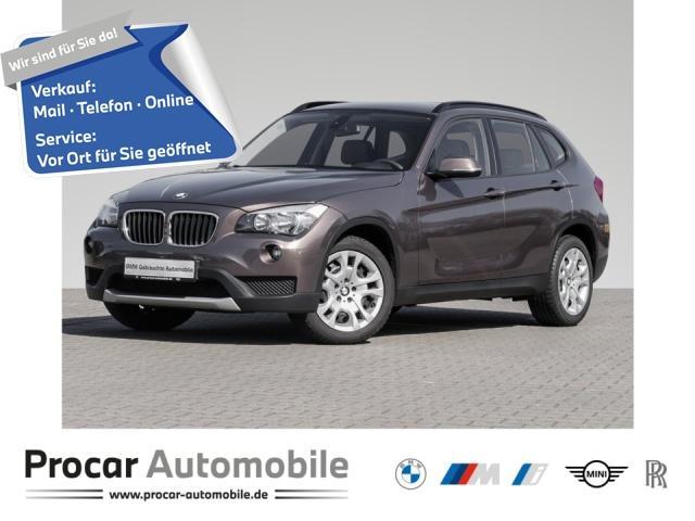 BMW X1 sDrive18i, Jahr 2013, Benzin