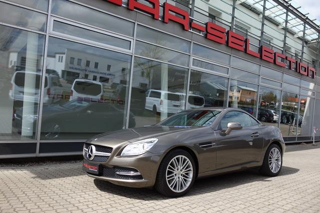 Mercedes-Benz SLK 200 K BE COMAND AIRSCRAF/SPORTSITZE/PDC/PANO, Jahr 2014, Benzin