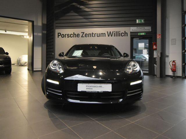 Porsche Panamera 4S, Jahr 2016, Benzin
