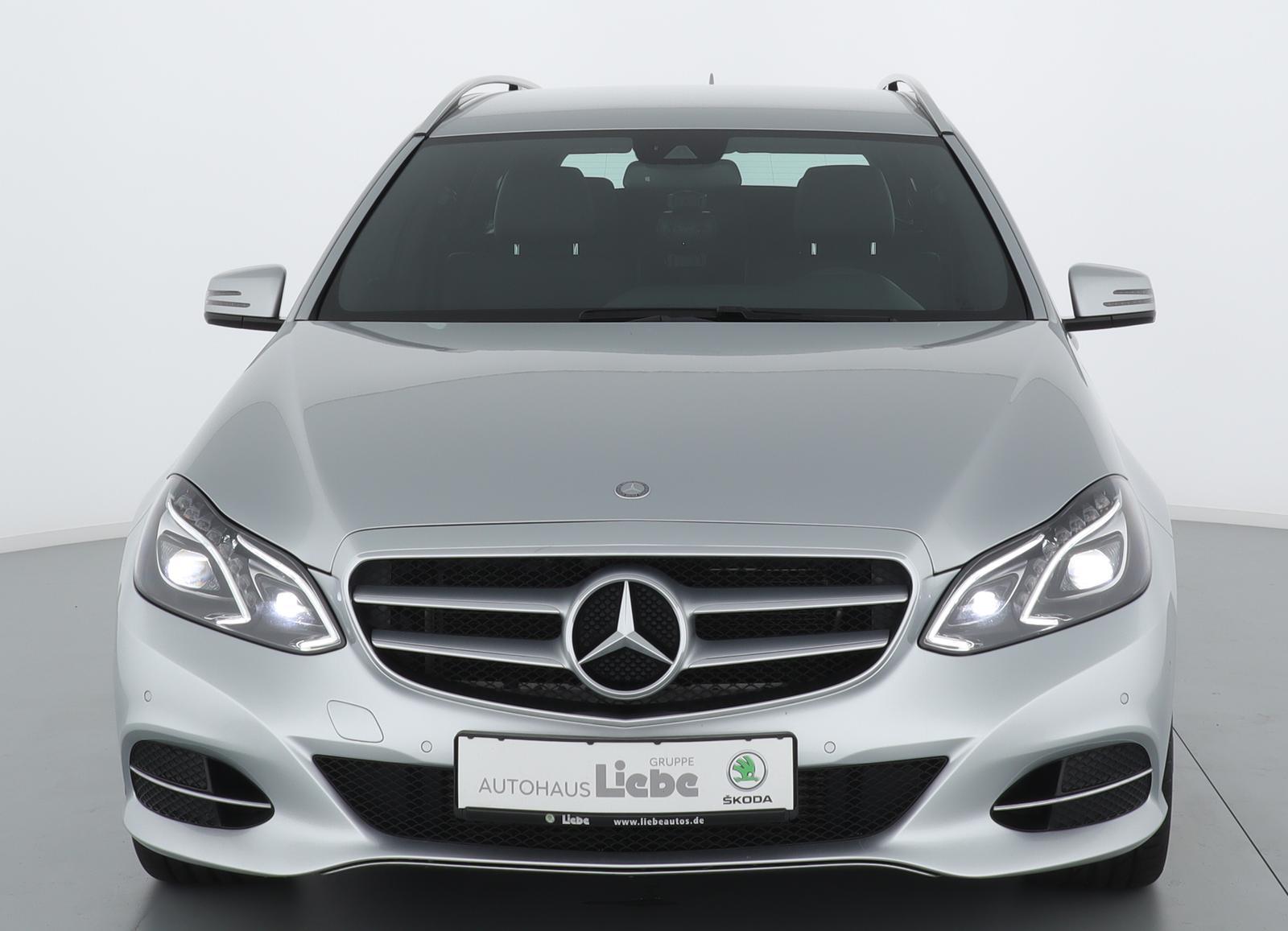 Mercedes-Benz E 220CDI AVANTGARDE 7G-TRONIC TEILLEDER+NAVIuvm, Jahr 2014, Diesel