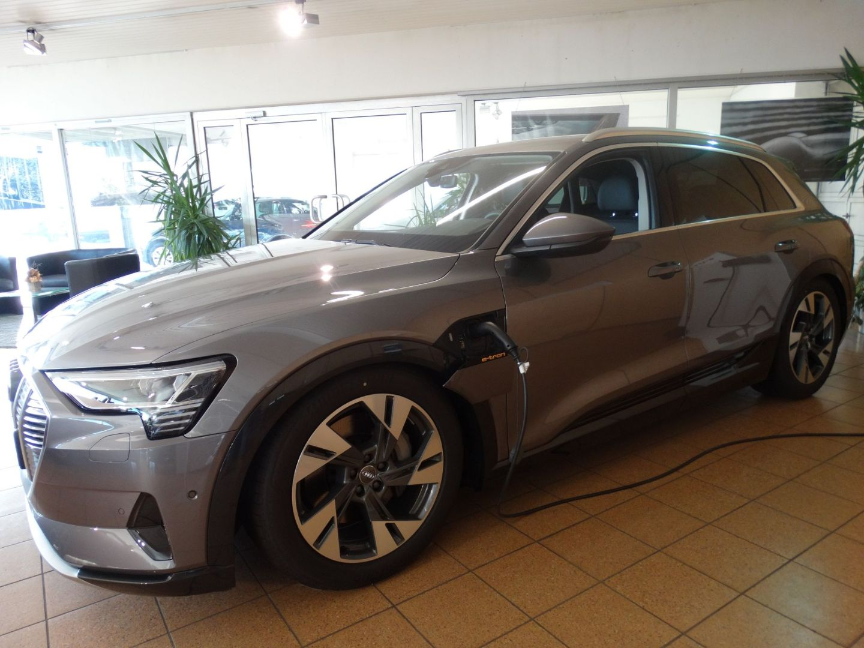 Audi e-tron advanced, Jahr 2020, electric