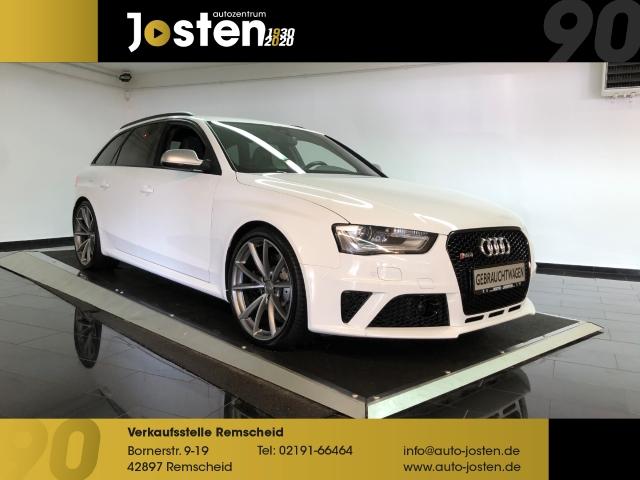 Audi RS4 Avant 4.2 FSI qu. B+O PANO Audi Serviceheft, Jahr 2013, Benzin