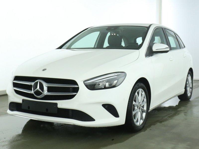 Mercedes-Benz B 180 Progressive LED+AHK+NAVIPREMIUM+SPUR, Jahr 2019, Benzin