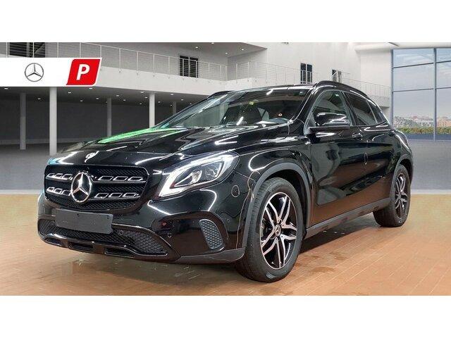 Mercedes-Benz GLA 220 d 4Matic 7G-DCT Style PANORAMADACH SUV A, Jahr 2017, Diesel