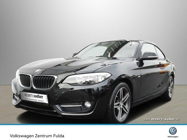 BMW 220d Coupe Sport Line Navi FSE PDC SHZ Klima Navi GRA LM, Jahr 2015, diesel