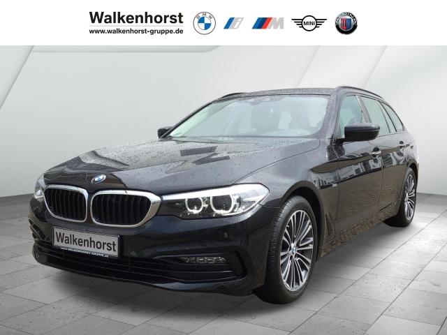 BMW 540 i xDrive Sport Line Touring EURO 6 Aut Park-Assistent Navi LED, Jahr 2018, Benzin