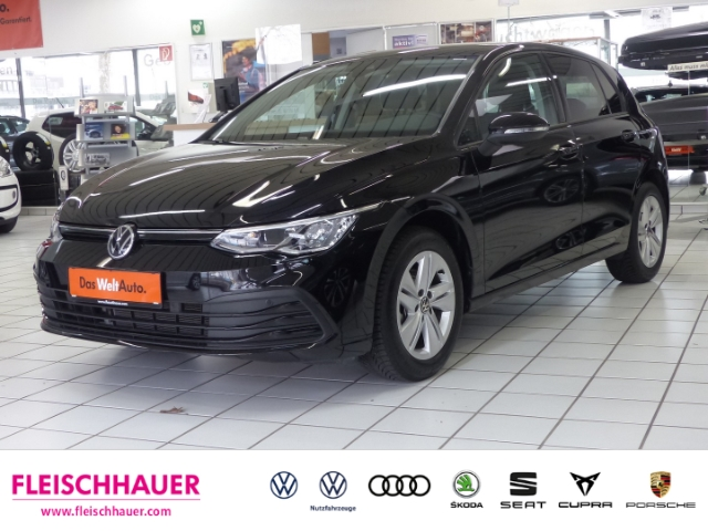 Volkswagen Golf VIII Life 1.5 TSI EU6d-Temp, Jahr 2020, Benzin