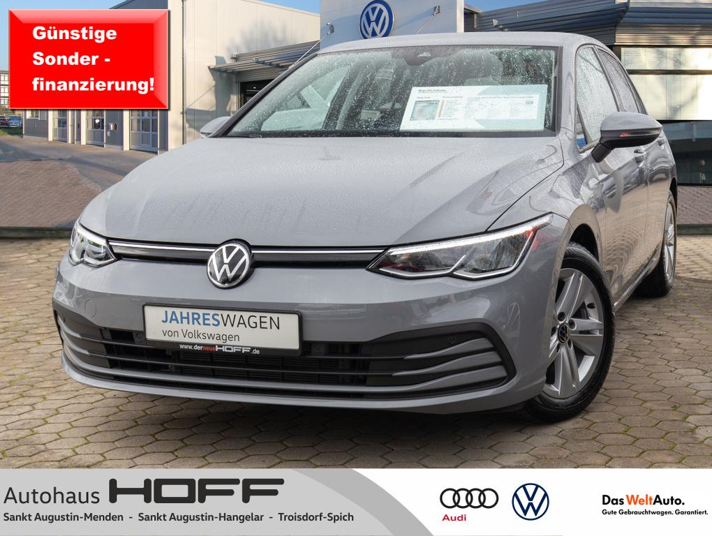 Volkswagen Golf VIII 1.0 TSI Life NaviPro HarmanKardon ACC, Jahr 2020, Benzin