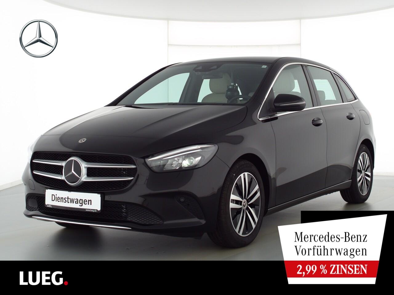 Mercedes-Benz B 200 Distronic+LED+Kamera+PDC, Jahr 2021, Benzin