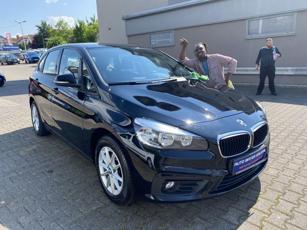 BMW 216d Active Tourer Advantage, Jahr 2016, Diesel
