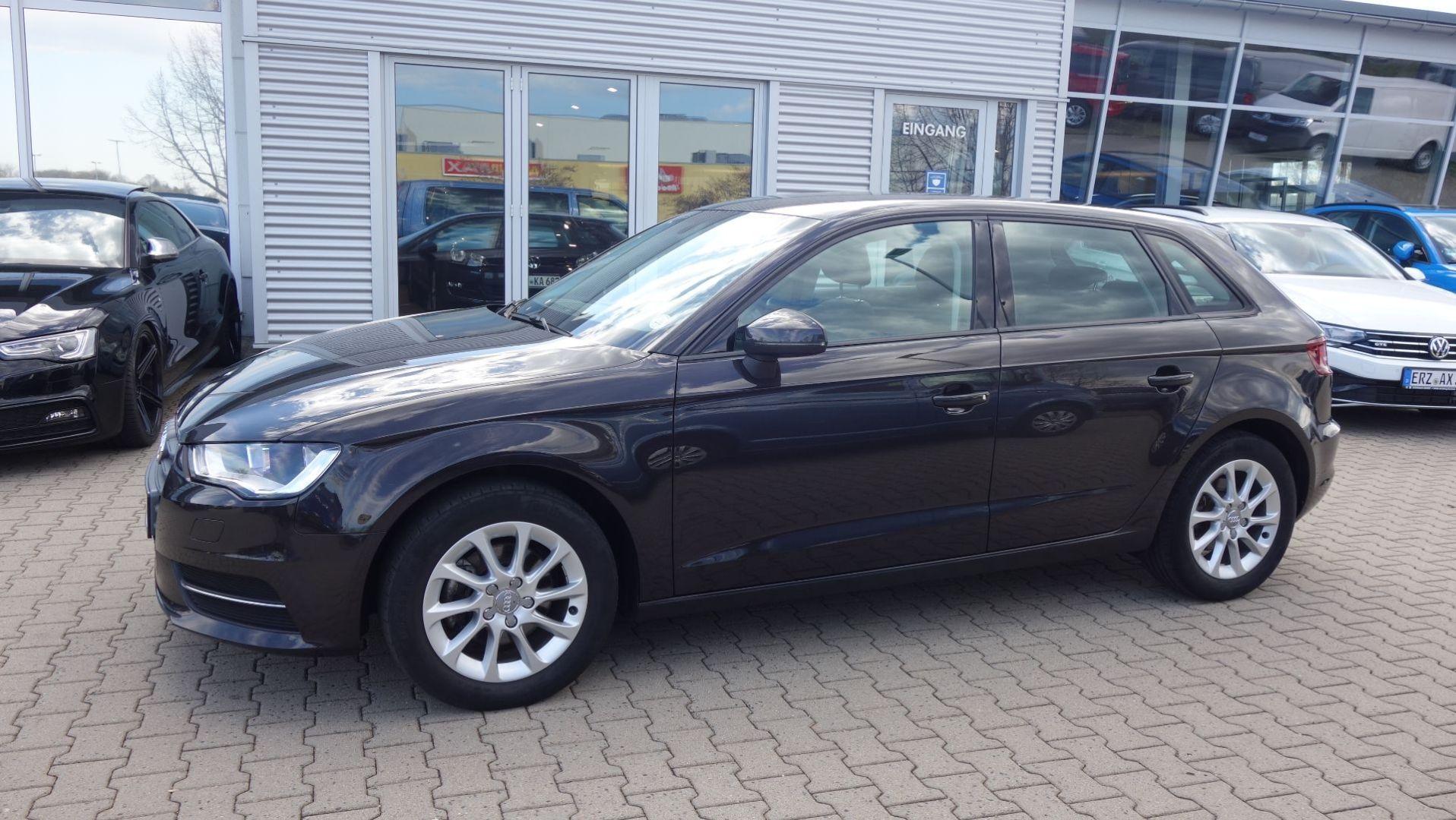 Audi A3 Sportback Attraction 1.4 TFSI 6 Gang, Jahr 2014, Benzin