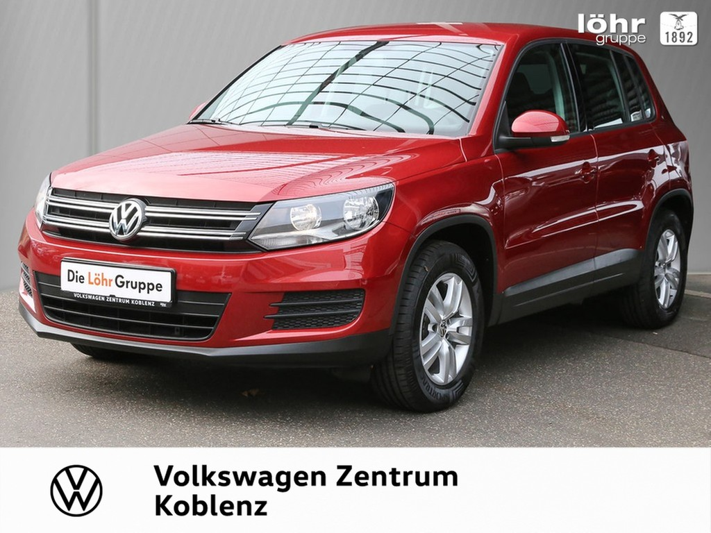 Volkswagen Tiguan 1.4 TSI Trend & Fun Park Pilot, Jahr 2015, Benzin