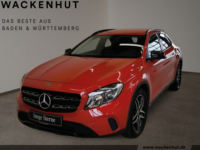 Mercedes-Benz GLA 180 d URBAN NIGHT+KAMERA+BUSINESS+NAVI+TEMPO, Jahr 2017, Diesel