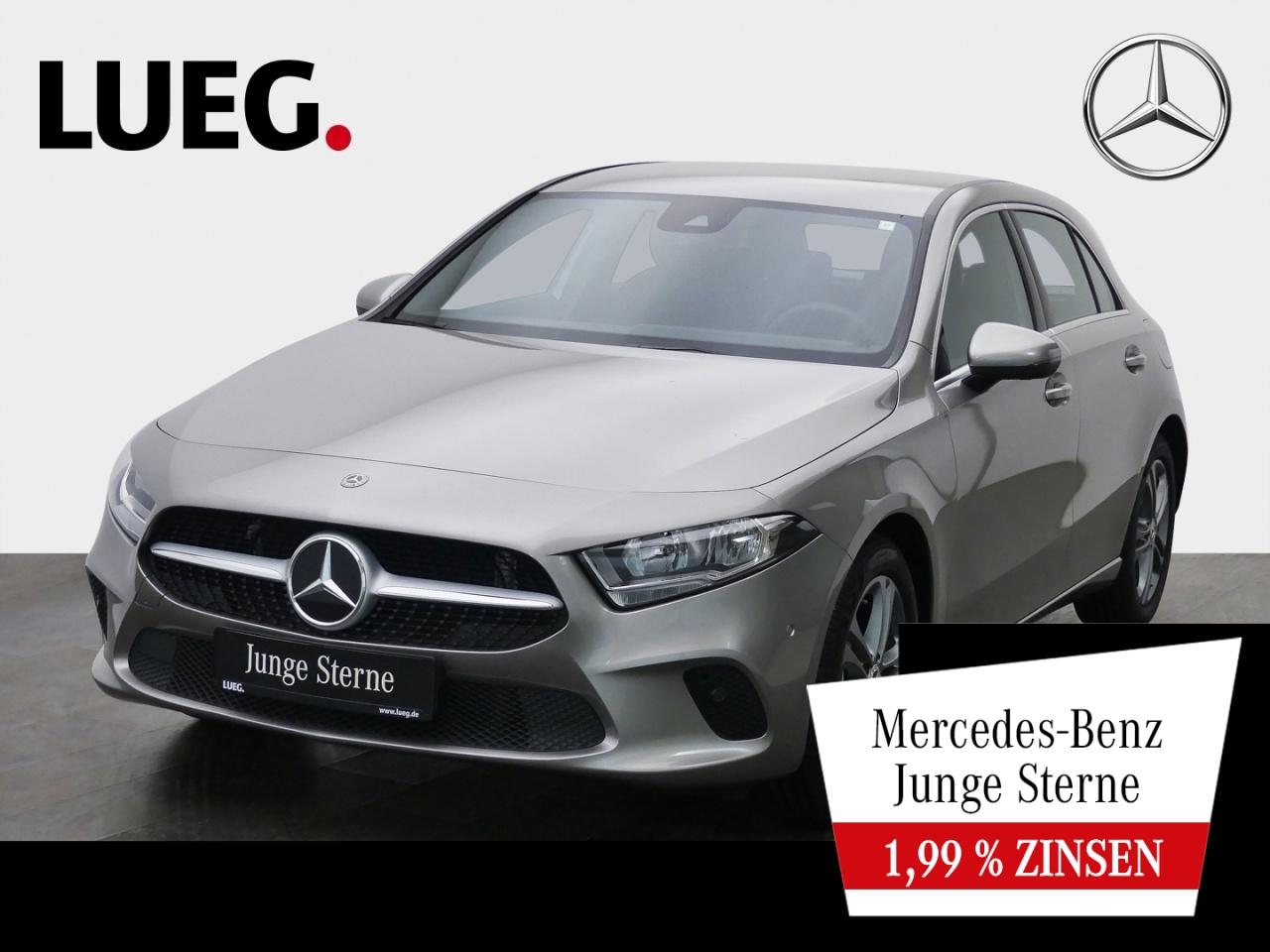 Mercedes-Benz A 180 Progressive+MBUX+NavPrm+Spur+ParkAssistent, Jahr 2019, Benzin