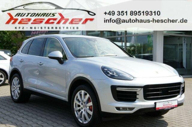 Porsche Cayenne Turbo *LED*STANDHZG*REAR-ENTERTAINMENT*, Jahr 2014, Benzin