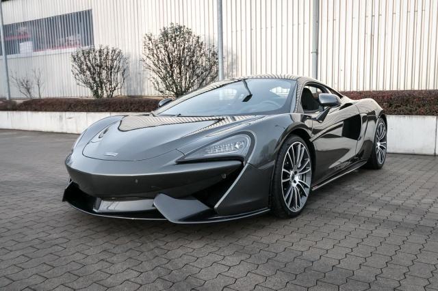 McLaren 570S Coupe - Luxus - Keramik - BowersWilkins - Kam, Jahr 2019, petrol
