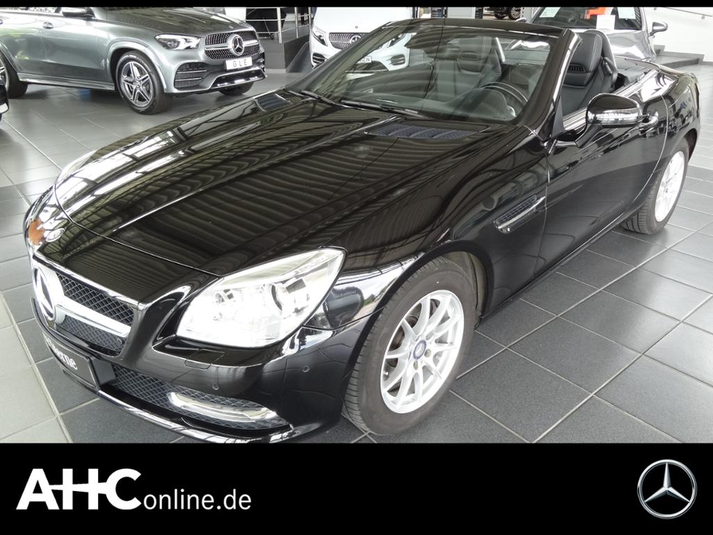 Mercedes-Benz SLK 200 XENON+NAVI+AIRSCARF+ALARMANLAGE+PDC+CD.., Jahr 2015, Benzin