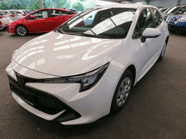 "Toyota Corolla 5-Türer 1,2 Turbo Klima ""Red Deal"", Jahr 2019, petrol"