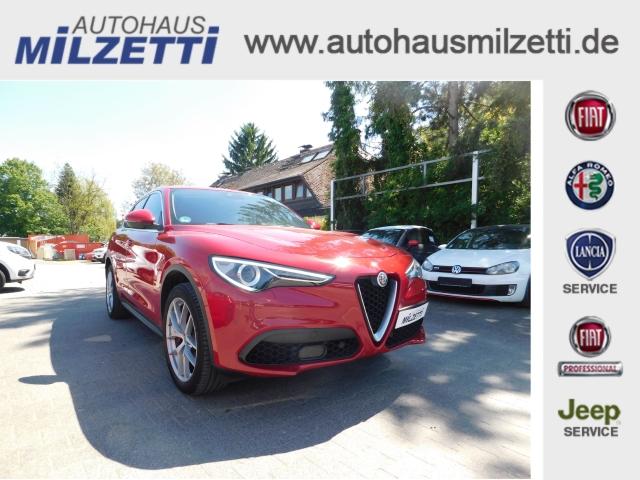 Alfa Romeo Stelvio 2.0 TURBO FIRST EDITION Q4 349mtl. NAVI LEDER, Jahr 2017, Benzin