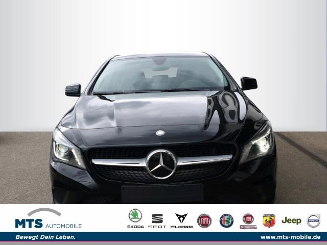 Mercedes-Benz CLA 180 -Klasse Shooting Brake d CDI Navi Dyn. Kurvenlicht ACC Parklenkass. Rückfahrkam., Jahr 2016, Diesel