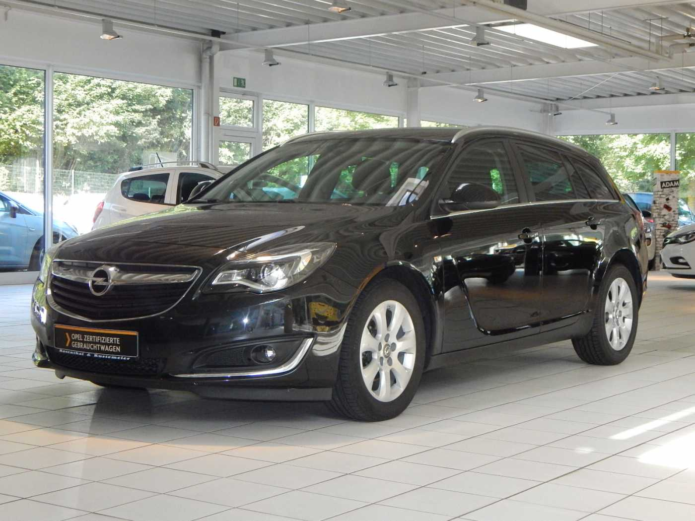 Opel Insignia Sports Tourer 1.6 CDTI Business Edition NAVI SITZHEIZUNG, Jahr 2016, diesel