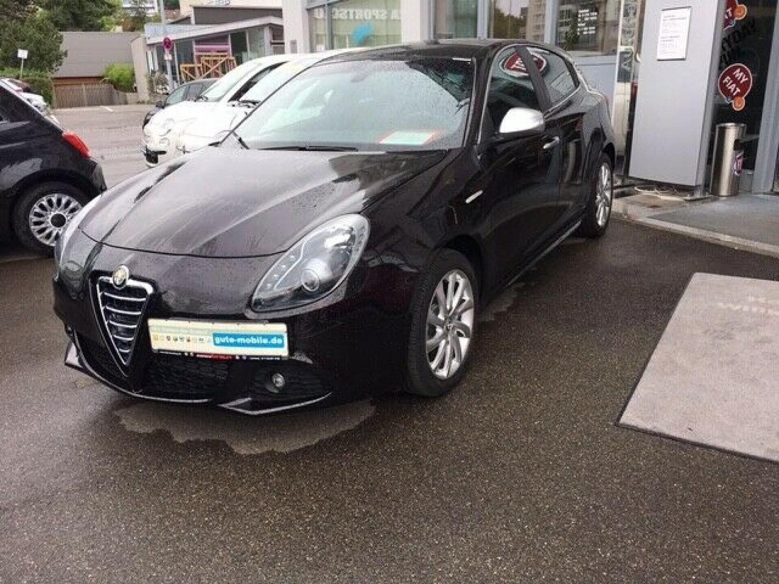 Alfa Romeo Giulietta 1.4 TB 16V Turismo Bi-Xenon Sportpaket, Jahr 2013, Benzin