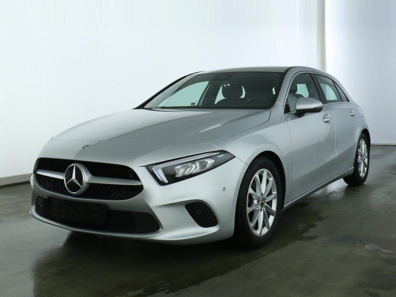 Mercedes-Benz A 180 Progressive NAVIPREMIUM+LED+DAB+SPIEGELPKT, Jahr 2020, Benzin