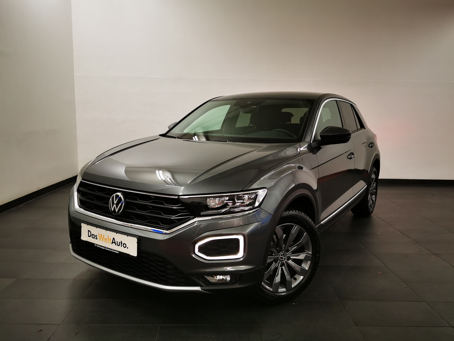 Volkswagen T-Roc Sport 1,5 TSI KAMERA DSG ab 1,99%, Jahr 2021, Benzin
