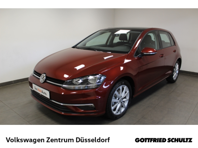 Volkswagen Golf 1.5 TSI Comfortline *NaviPro*Pano*Keyless*PDC*SHZ*, Jahr 2019, Benzin