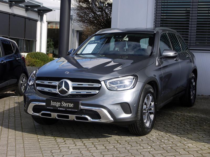Mercedes-Benz GLC 200 d 4M LED/AHK/Kamera/PDC, Jahr 2020, Diesel