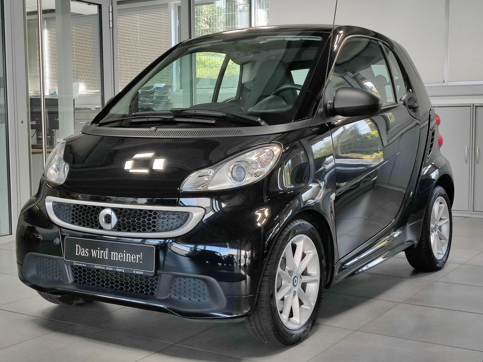 smart fortwo coupé mhd Passion|Servo|SHZ|Panoda.|Klima, Jahr 2014, Benzin
