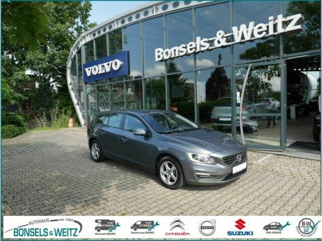 Volvo V60 D4 KINETIC 8-GANG AUT. FWD, Jahr 2017, Diesel