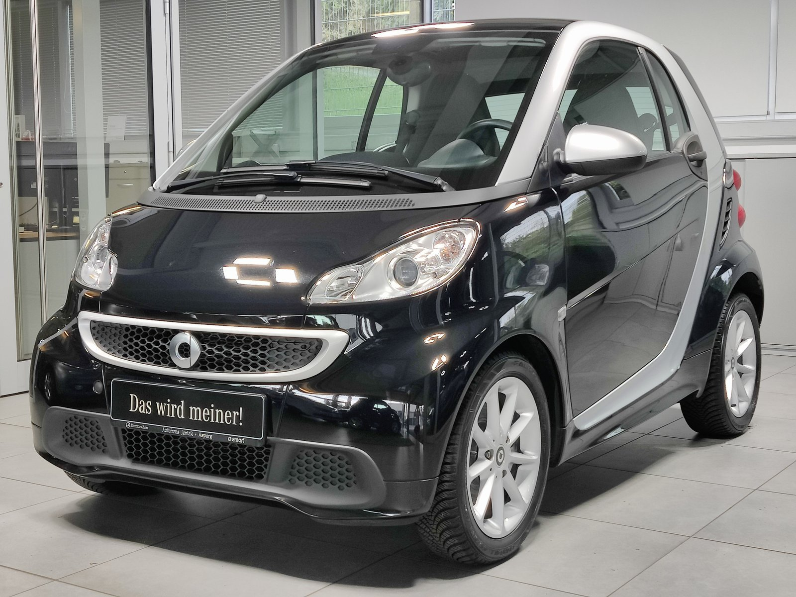 smart fortwo coupé mhd Passion|Servo|Klima|Pano|SHZ, Jahr 2013, Benzin