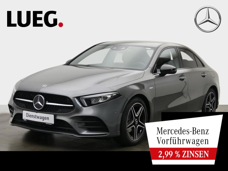 Mercedes-Benz A 180 Lim EDITION20+AMG+TOTWINK+KAMERA+MBUX-HIGH, Jahr 2020, Benzin