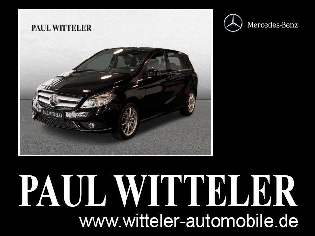 Mercedes-Benz B 200 Navi/Sport-Paket/Parktronic/Klimaanlage, Jahr 2014, Benzin