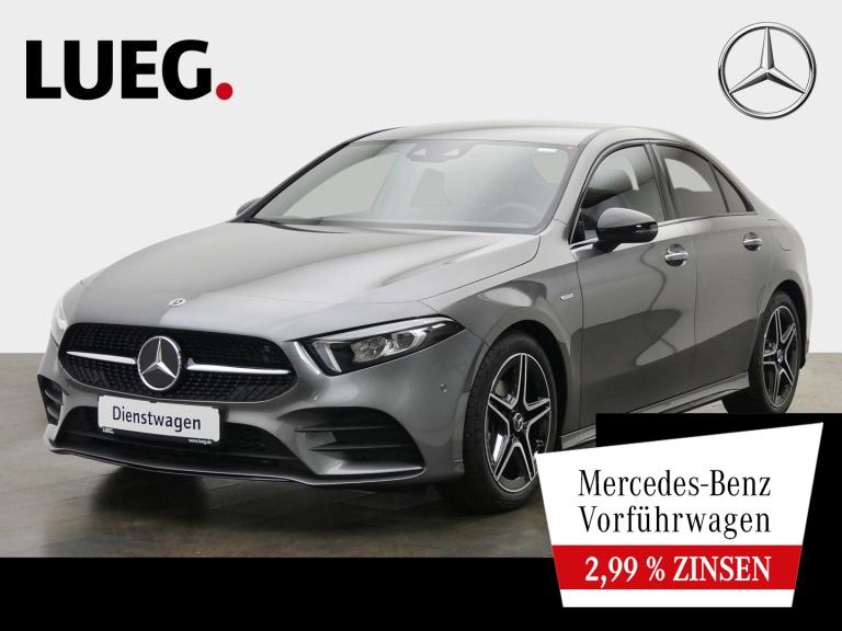 Mercedes-Benz A 180 Lim EDITION20+AMG+HUD+MEMORY+TOTW+KEYLESS., Jahr 2020, Benzin